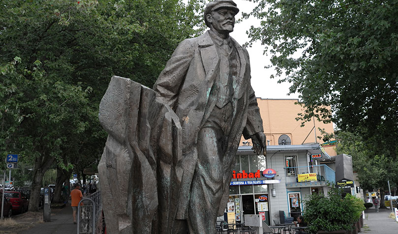 Lenin's New York statue down but stature remains